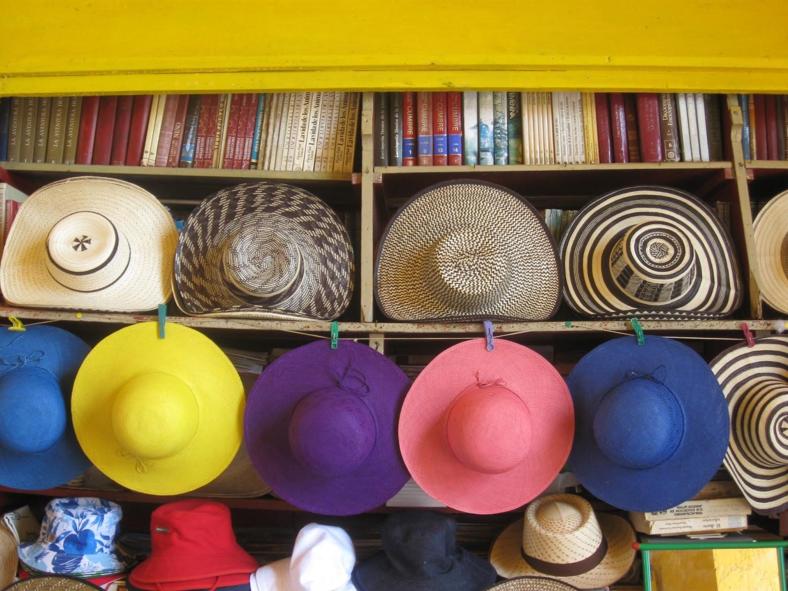 FOTOS DE TRIUNFO ARCINIEGAS: Cartagena de Indias / Sombreros