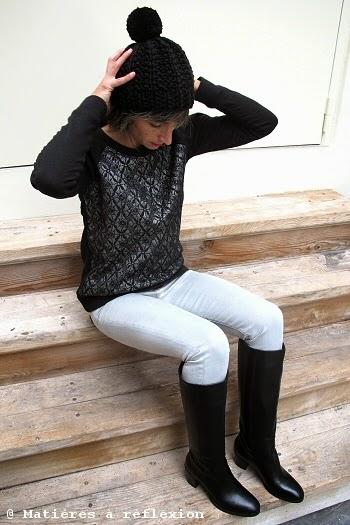 Look du jour : bottes noires, sweat eple & melk, jeans et bonnet Charlotte Sometime