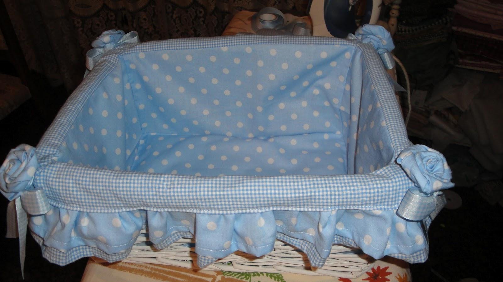 spesso Il country e il mare: fasciatoio da viaggio e cestino per bebè EN32