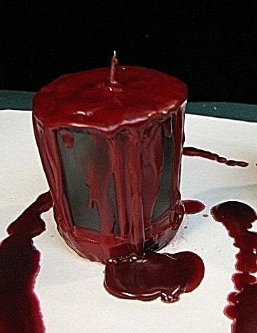 candela insanguinata evento vampiri bloody candle