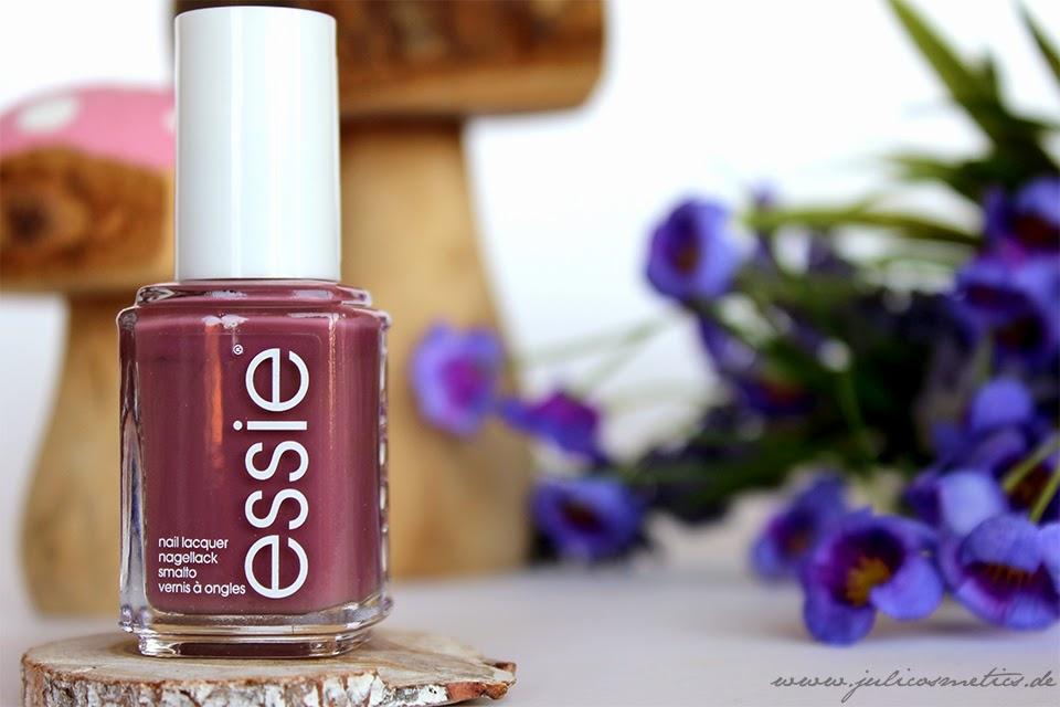 Essie-island-hopping