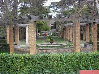 Esencia de navarra parques y jardines de pamplona for Jardines de la taconera