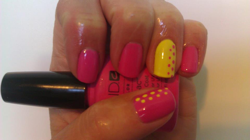 Hot Pop Pink Shellac & Coco Cabana Banana Gelish nails