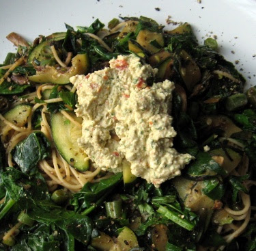 spinach and angel hair with raw cashew cheese