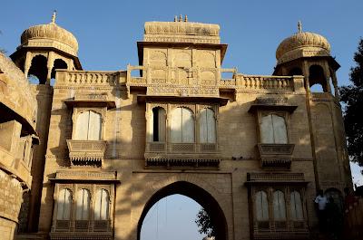 Prostitute's Gate or Tilon-Ki-Pool
