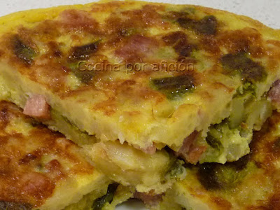 tortilla, huevos, pimiento, jamón