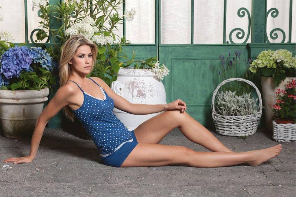 Hot Elena Santarelli