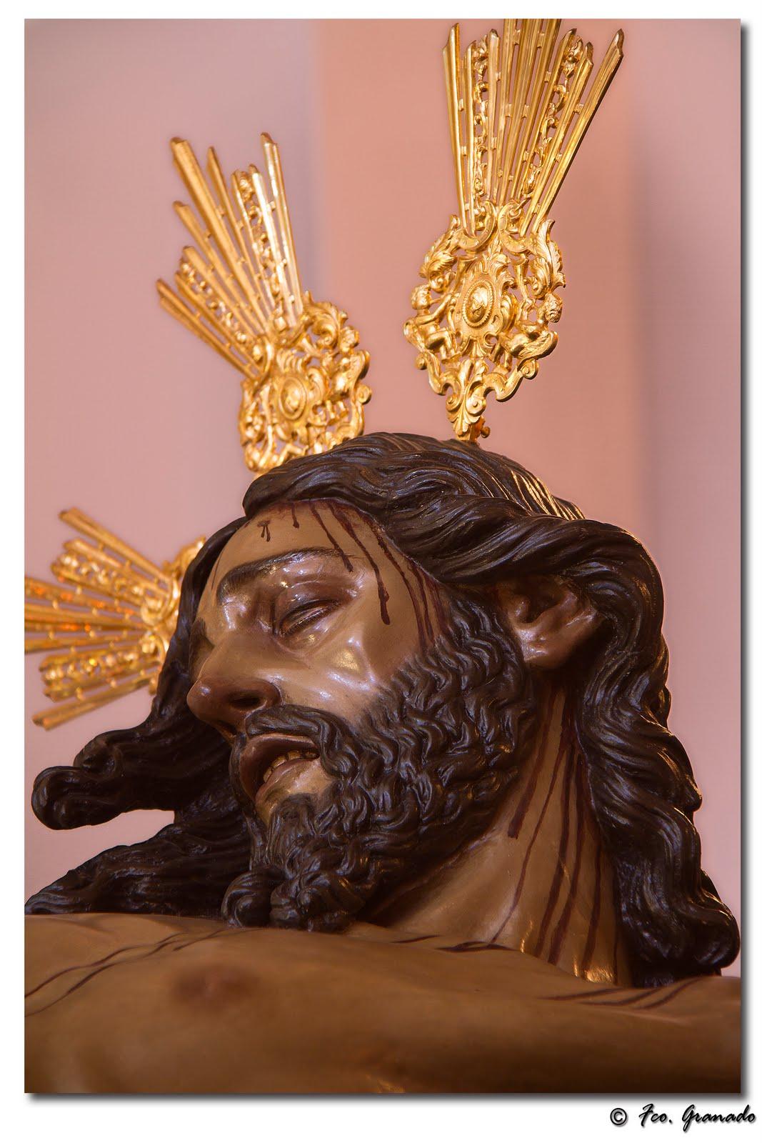 http://franciscogranadopatero35.blogspot.com.es/2011/04/besapies-del-santisimo-cristo-de-la.html