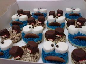 cupcake m0re ♥ more . . =)