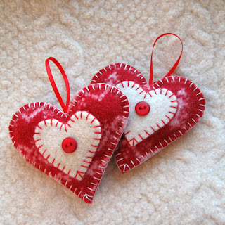 https://www.etsy.com/listing/172933306/heart-felt-christmas-ornaments-set-of?ref=shop_home_active_1