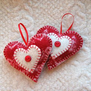https://www.etsy.com/listing/172933306/heart-felt-christmas-ornaments-set-of?ref=shop_home_active_1
