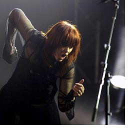 Legendary Divinyls Front-woman Chrissy Amphlett Dies