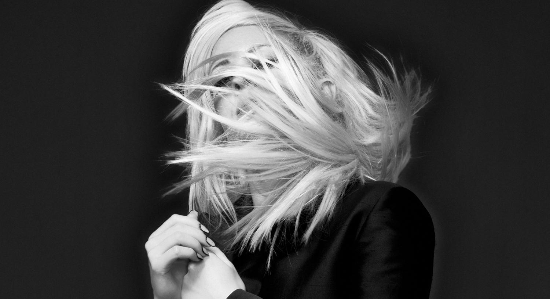 http://4.bp.blogspot.com/-hBQ0QiZUvDQ/UGZjO0DOnKI/AAAAAAAAL-o/5Q31fAZ5-DQ/s1600/Ellie-Goulding-Halcyon-Deluxe-Version-2012.png