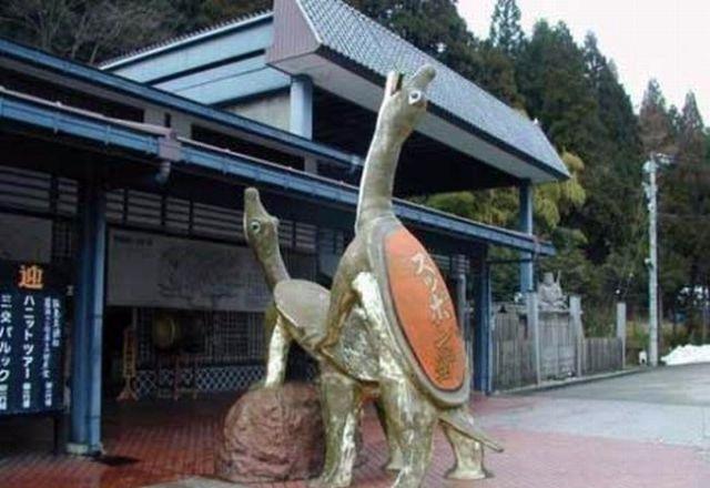 http://4.bp.blogspot.com/-hBbOFvUruiI/T42Fks0MlmI/AAAAAAAAEro/1ebxd3oR2hU/s640/temple.jpg
