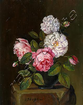 Conjunto de crisantemos y claveles en florero sobre pedestal