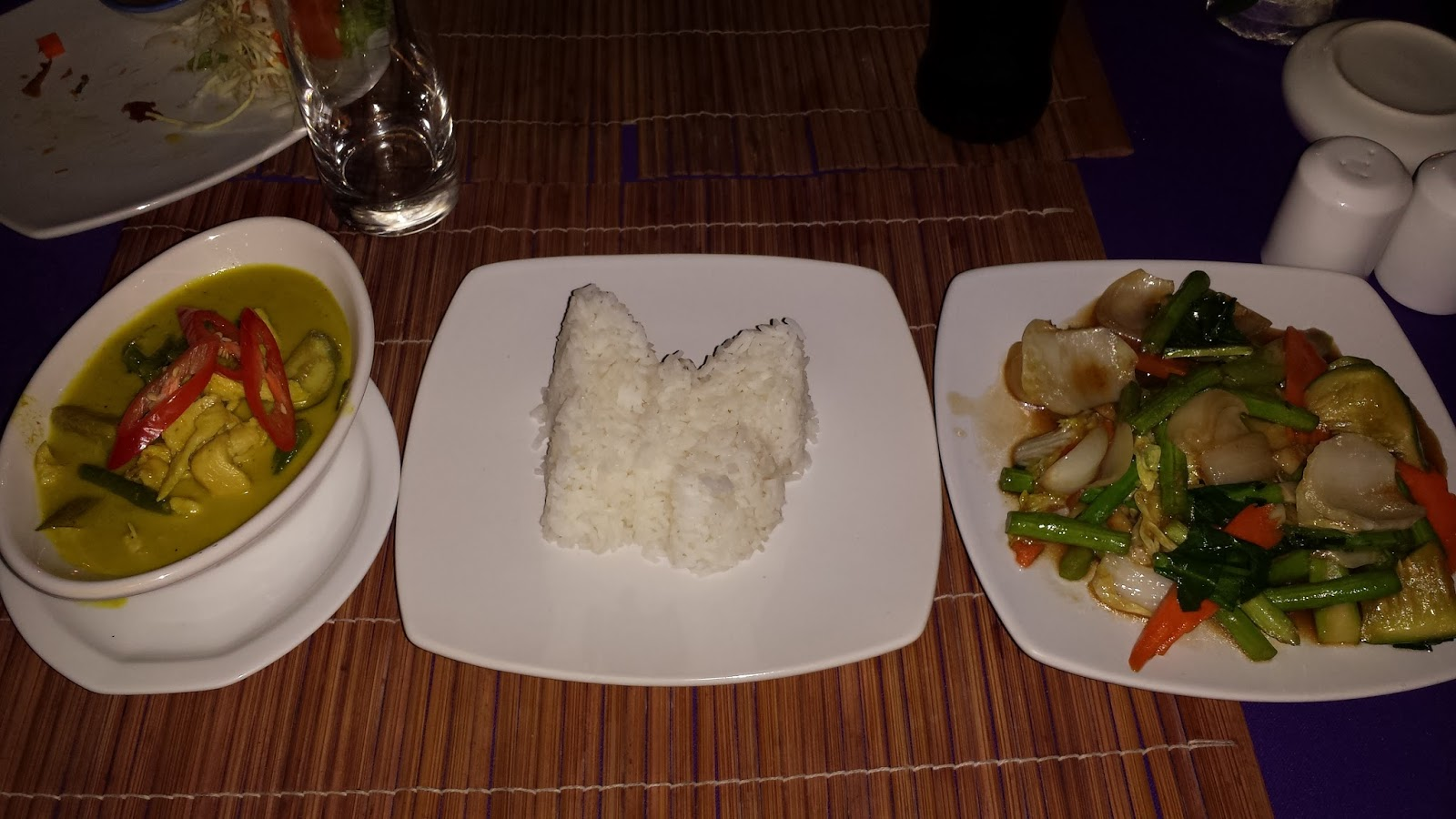 green thai curry, butterfly rice shape, phuket resaurant