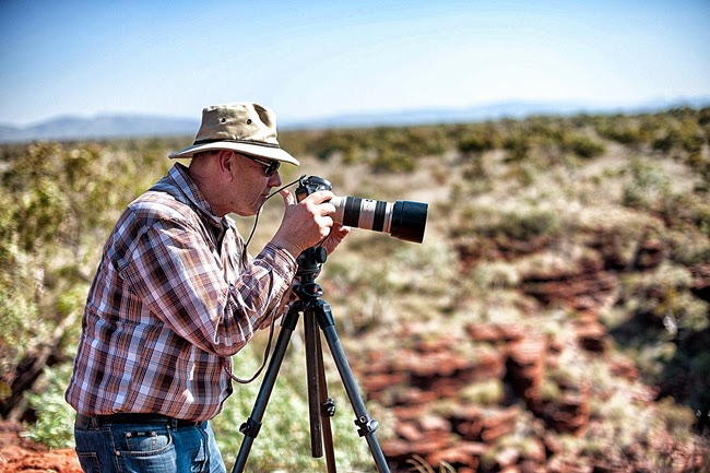 rob lewis shooting in the pilbara 2013 with the medical arts association - Best Camera For Medical Photography