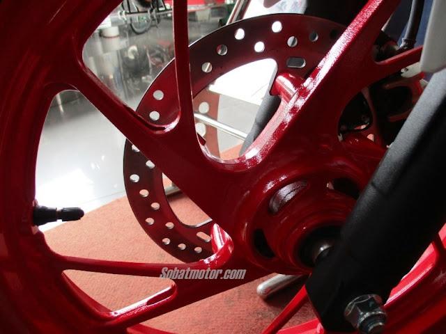 Ini dia sedikit detail dari All New Honda CB150R StreetFire Special Edition 2016 plus harganya di kota Medan . .
