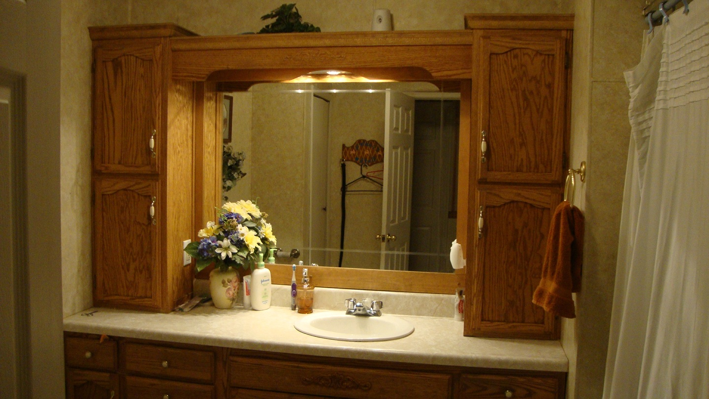 Simple pleasures i love my homemade country style for Bathroom cabinet country style