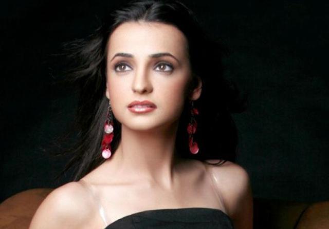 Sananya Irani Choopulu kalasina subhavela serial actress pics