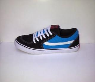 Sepatu Vans TNT biru hitam