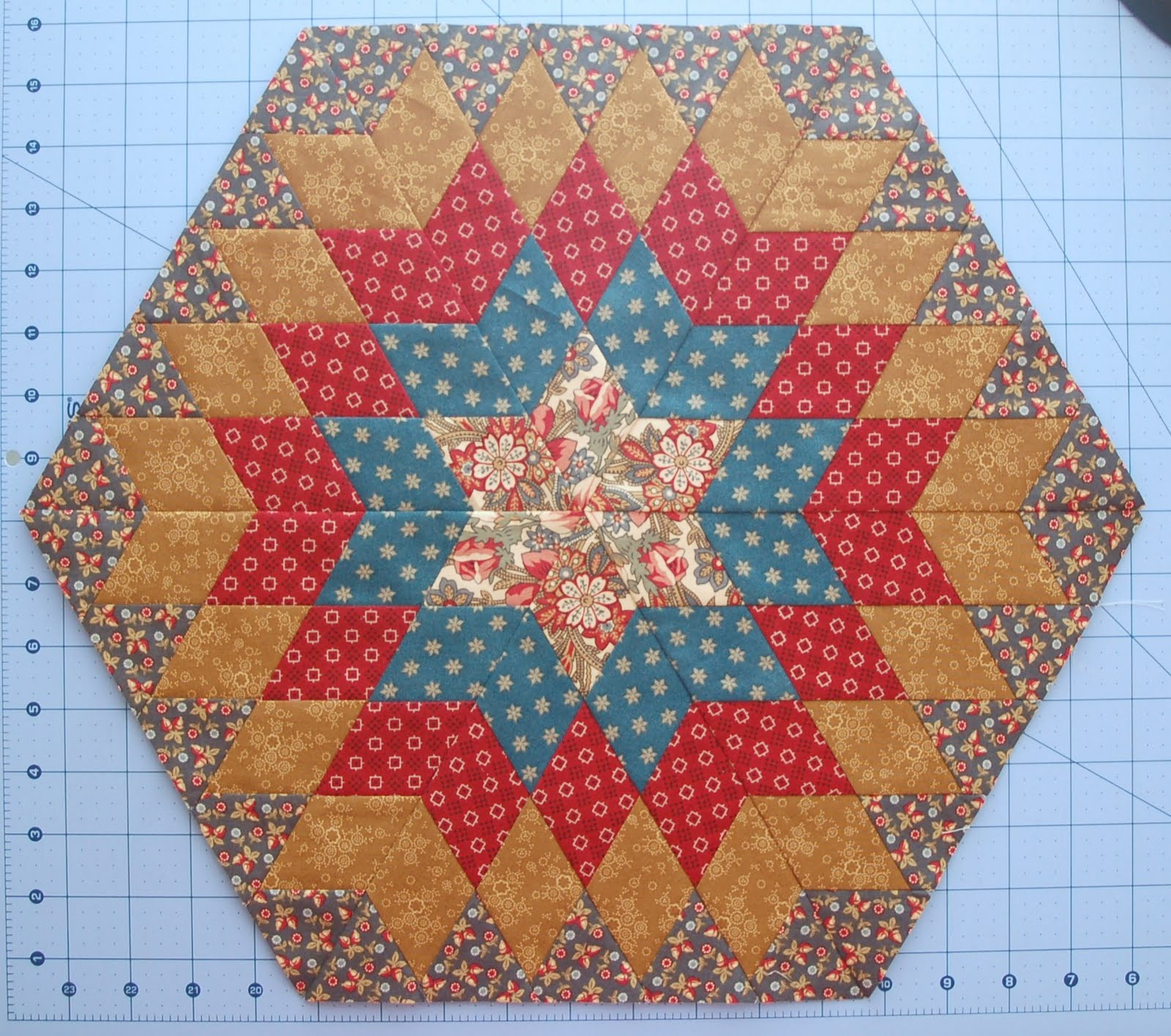 Diary of a quilt maven columbia star tutorial columbia star tutorial baditri Choice Image