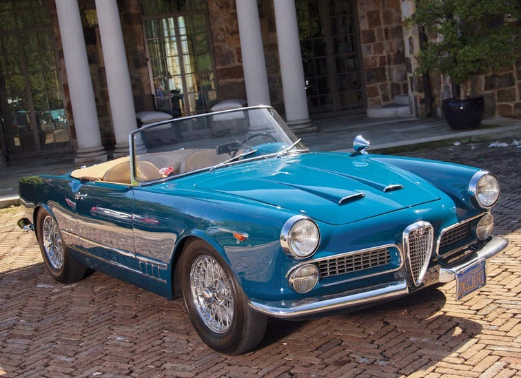 world of classic cars alfa romeo 2000 spider by touring. Black Bedroom Furniture Sets. Home Design Ideas
