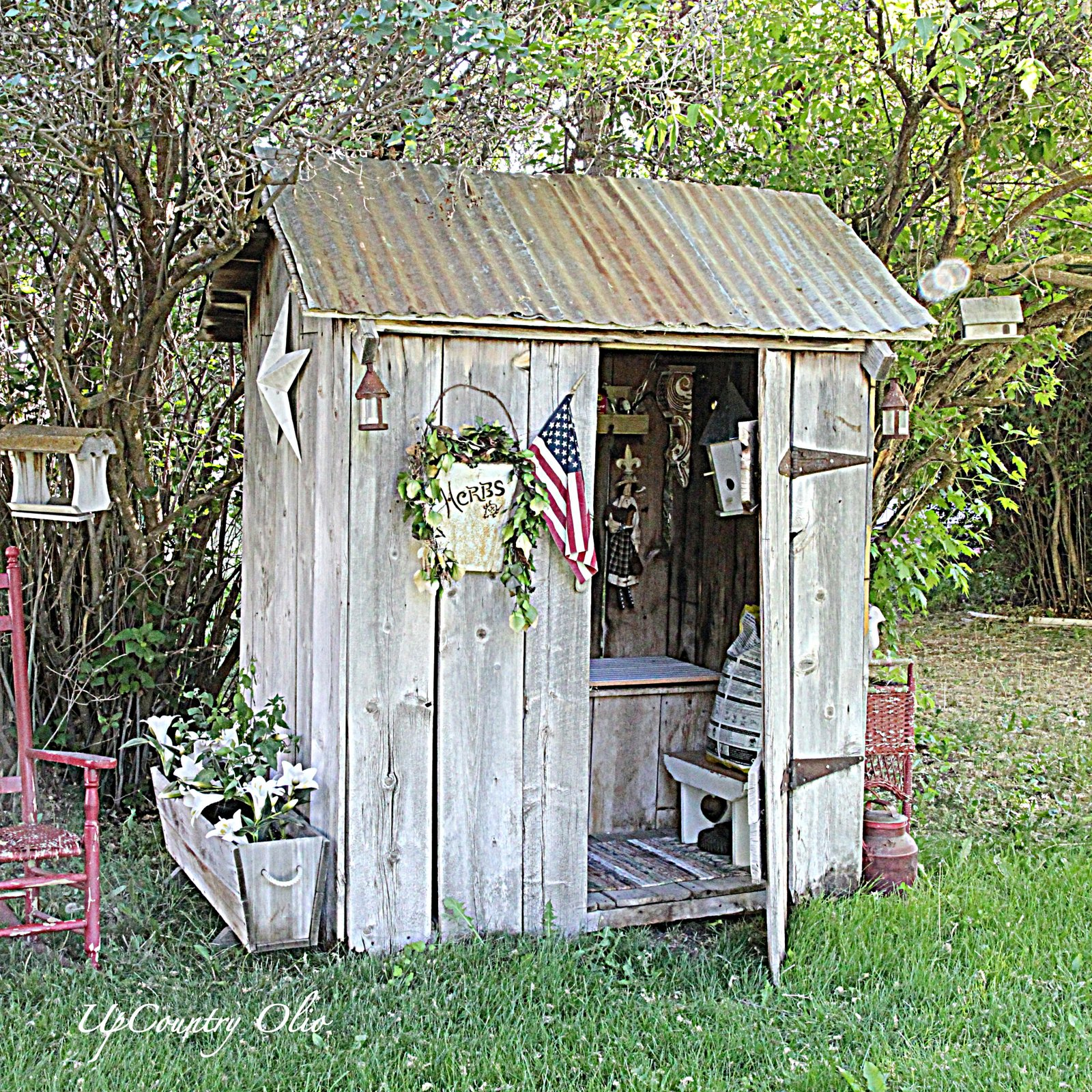 UpCountry Olio The Potty Shed