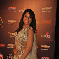 Sameera reddy in white saree