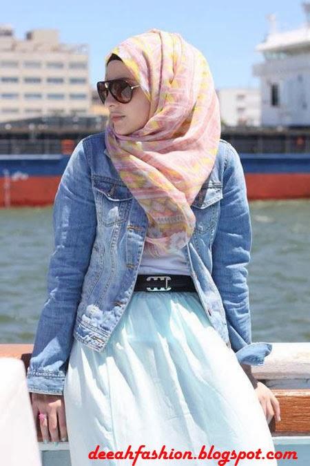 Bergaya Dengan Jilbab Saat Traveling
