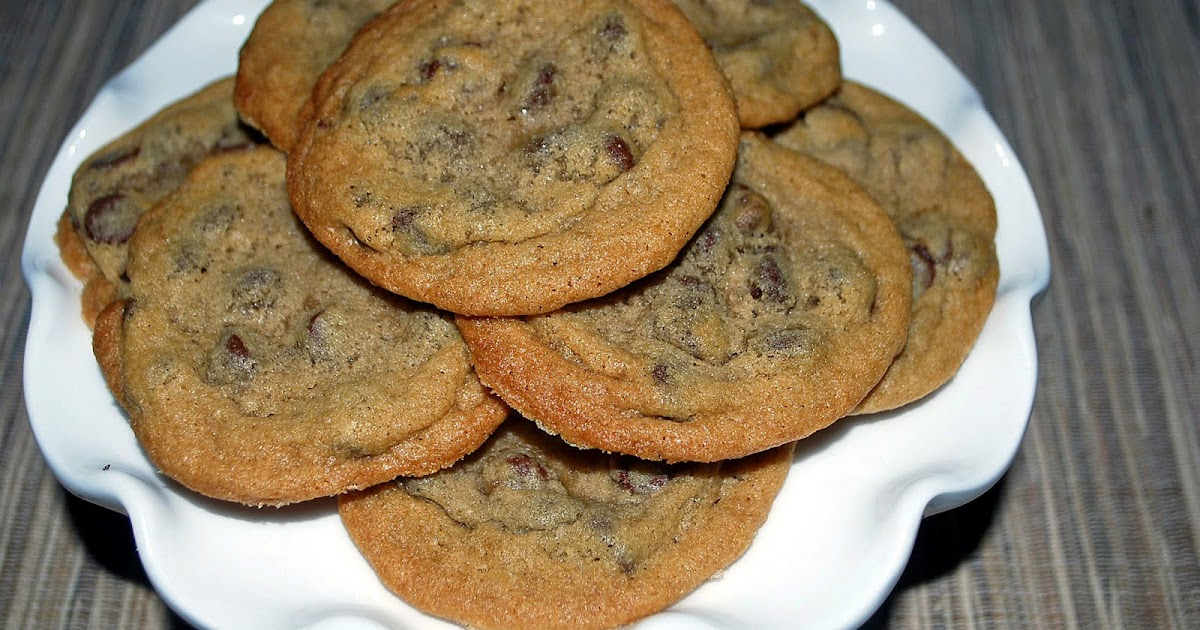 Lucy 39 S Ladle Thin Chocolate Chip Cookies