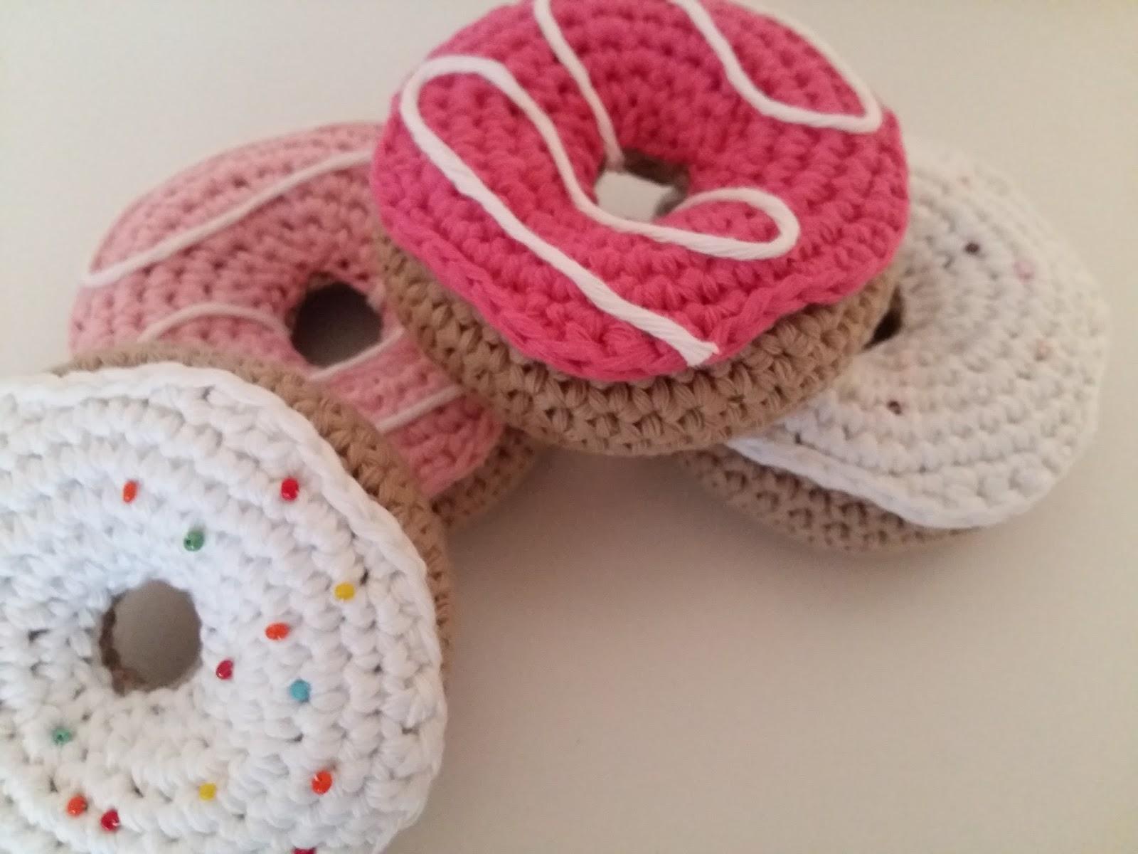 Amigurumi Tuto : Fée du tricot donuts au crochet tuto inside