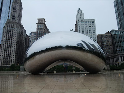 the bean, chicago, cloud gate, in the rain, sculpture
