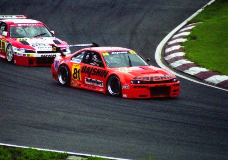 JGTC Nissan Silvia S14a , japoński samochód, sportowy, wyścigi, racing, tor wyścigowy, racetrack, motoryzacja, auto, JDM, tuning, zdjęcia, pasja, adrenalina, kultowe, 自動車競技, スポーツカー, チューニングカー, 日本車