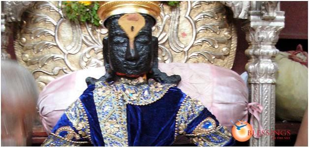 Idol Of Vithoba In The Temple In Pandharpur Also Swayambu In Maharashtra Had Got Similar Scars On The Face The Idol Of Panduranga Also Swayambu In