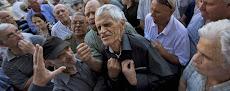 IN ENGLISH: Greece faces uncertain future, looks to restart talks