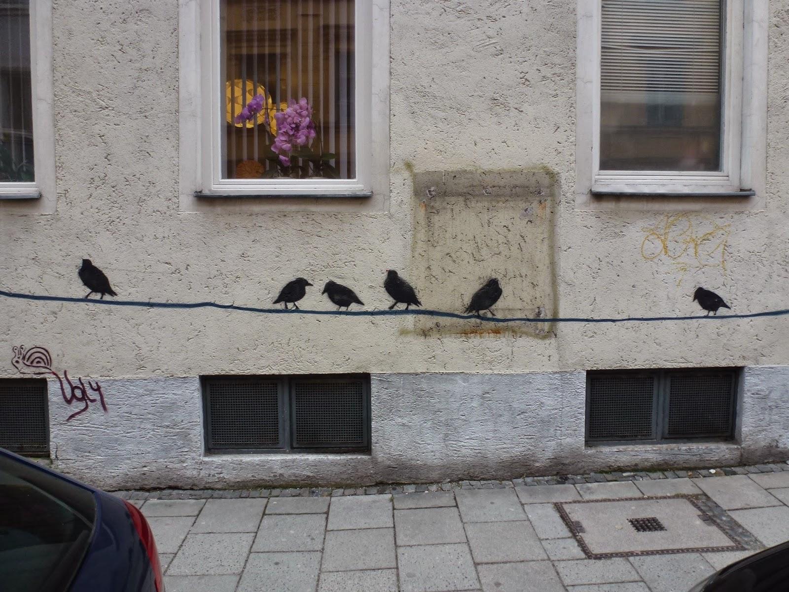 Streetart, Graffiti, Urbanart, Vögel, Silhouetten