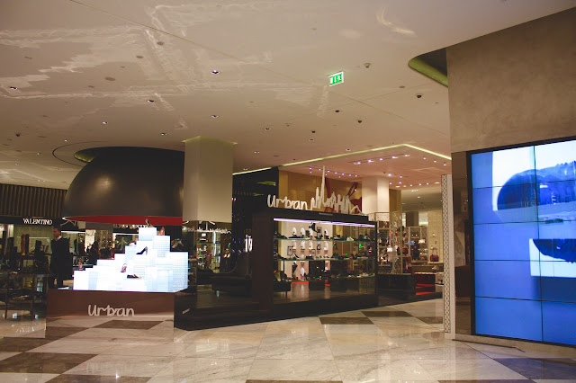 where to buy shoes in Dubai