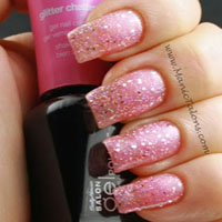 Sally Hansen Gel Polish Glitter Chatter Swatch
