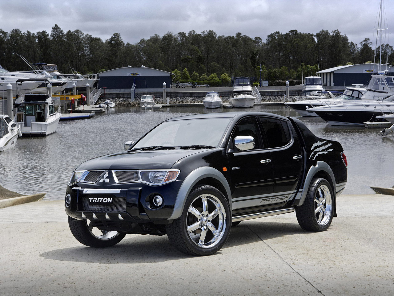 New Mitsubishi Triton Cars review and specs