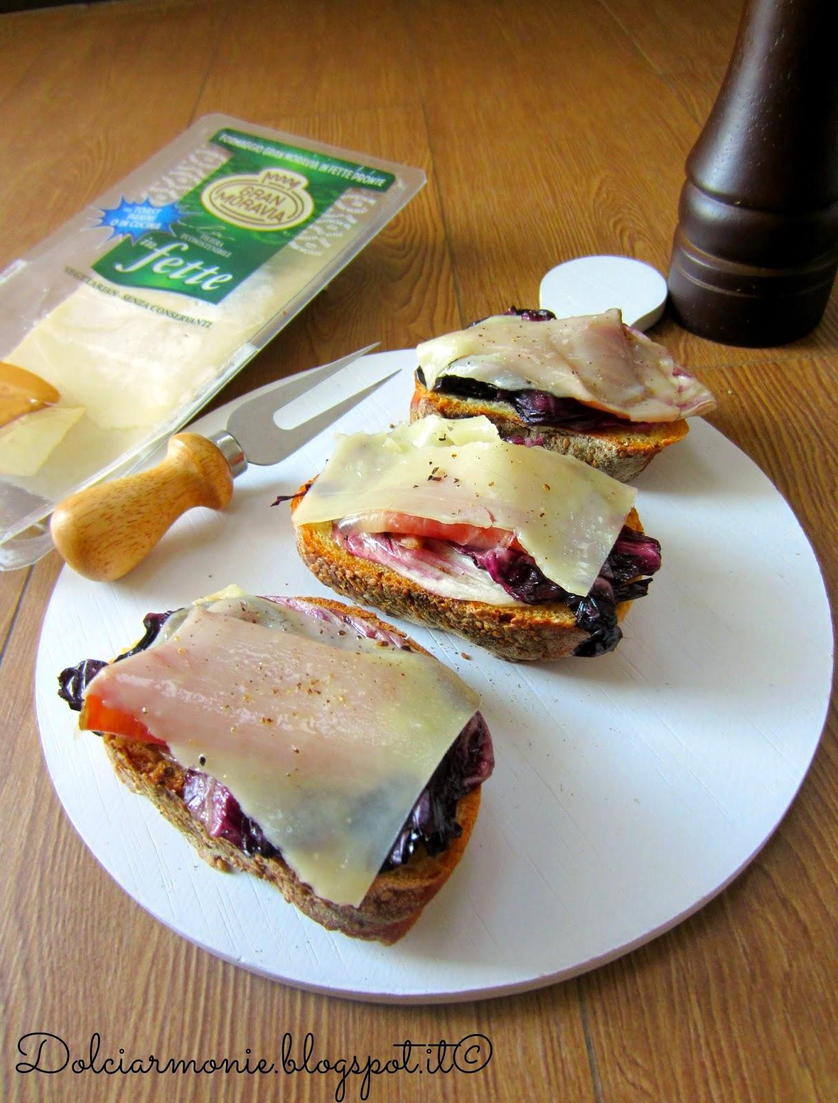 crostoni di pane di trapani, radicchio grigliato, speck e gran moravia
