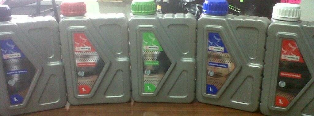 Perawatan dan penggantian minyak pelumas differensial/gardan.