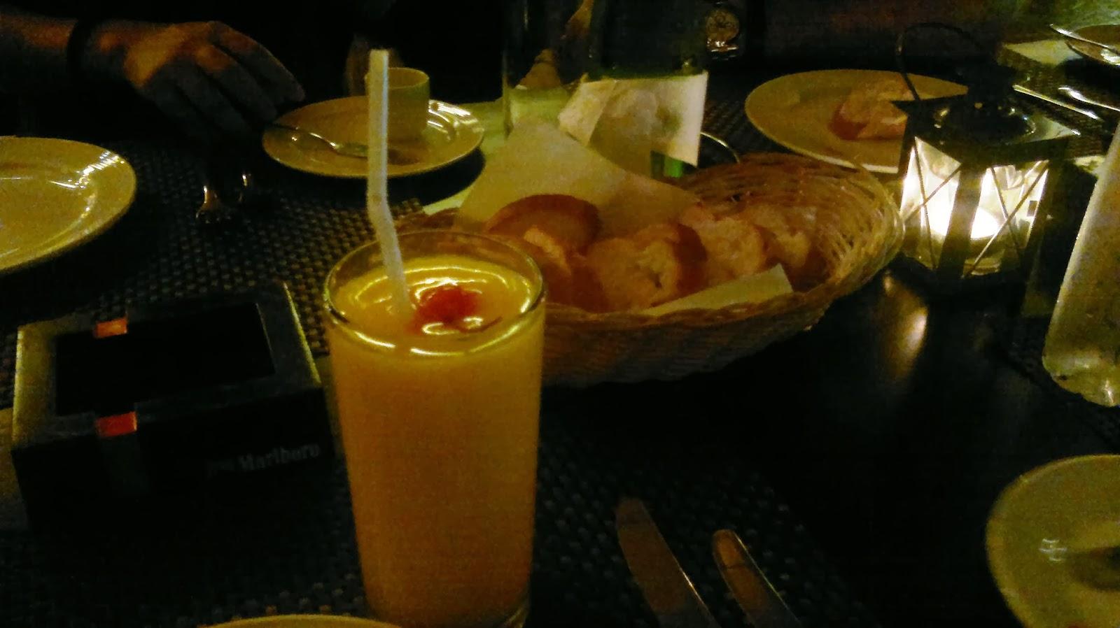 Christmas dinner at nuvo bar greenbelt 2 makati city for Restaurants serving christmas dinner