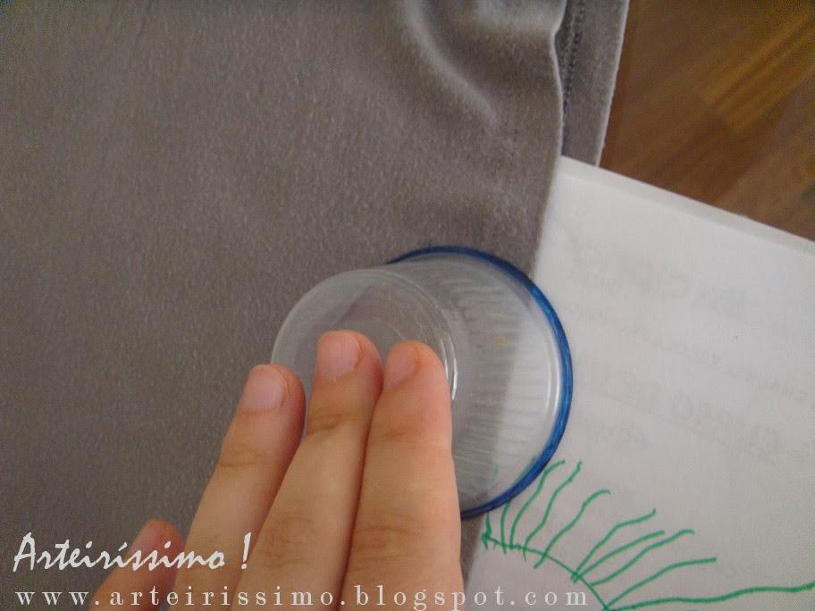 camiseta esampada carimbo