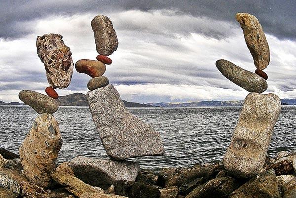 تركيب وموازنة الأحجار بطريقة مدهشة