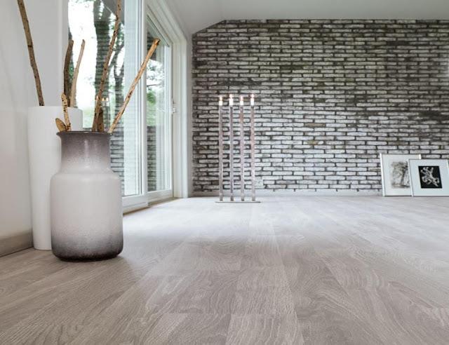 Jak aranżować wnętrza: drewaniane podłogi