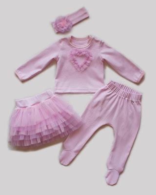 Комплект для девочки: лонгслив, ползунки, юбочка, повязка