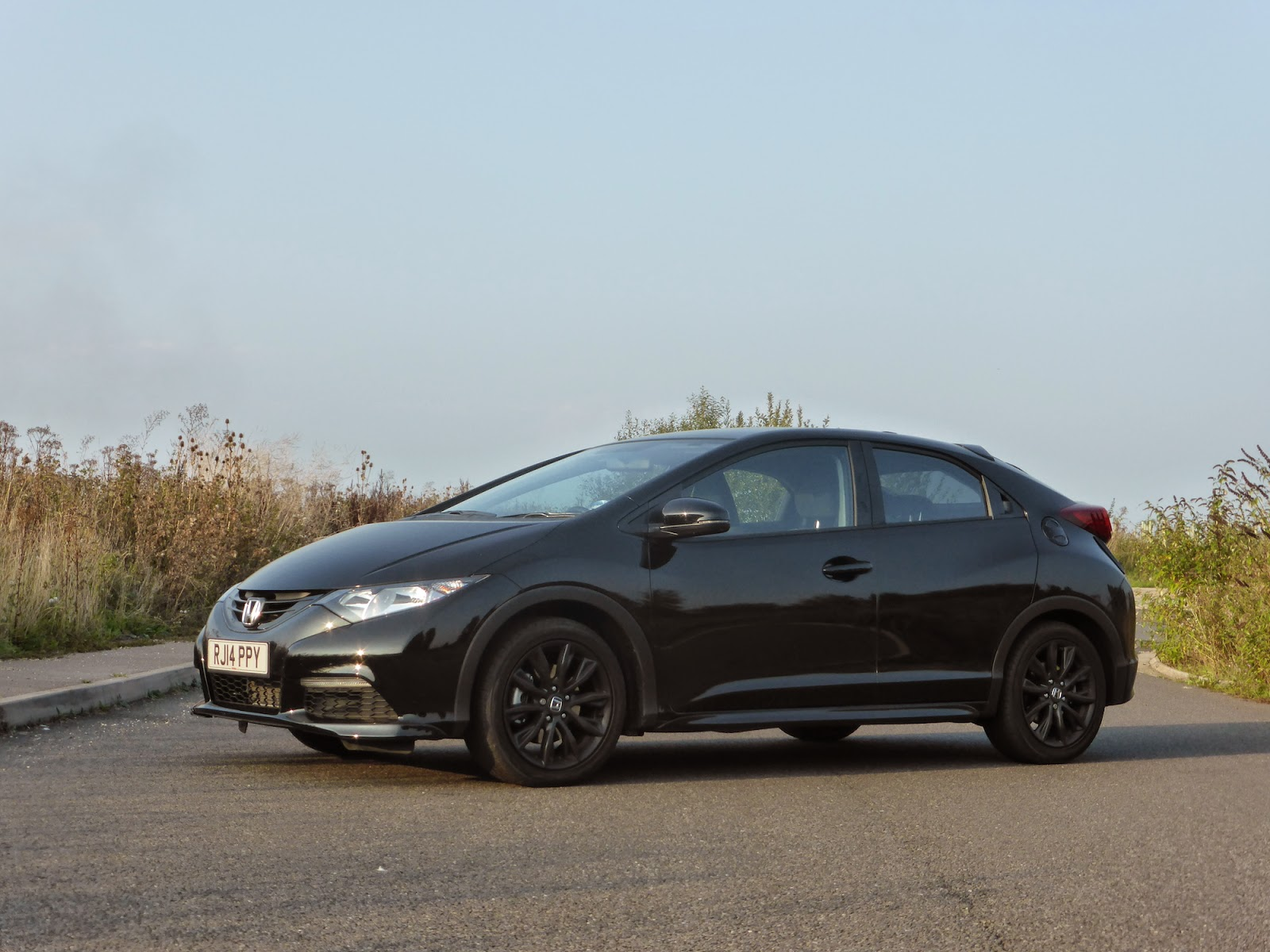 2014 Honda Civic Black Edition 1.6 i-DTEC