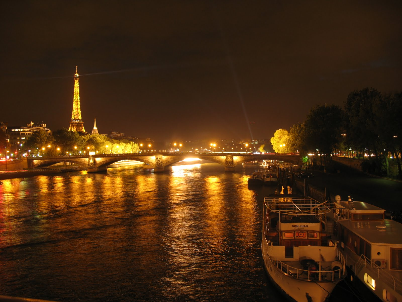 Pin night in paris the wastetime post on pinterest for Paris night time