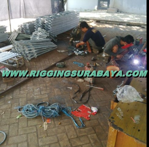 proses pembuatan rigging panggung konser